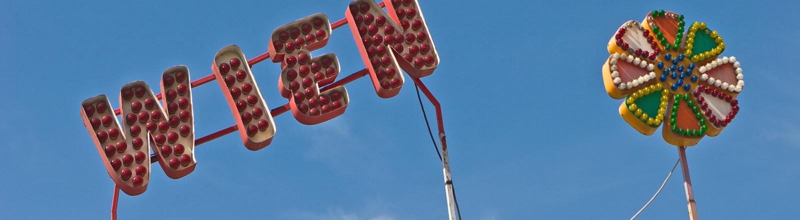 Wien-Buchstaben auf dem Rummel