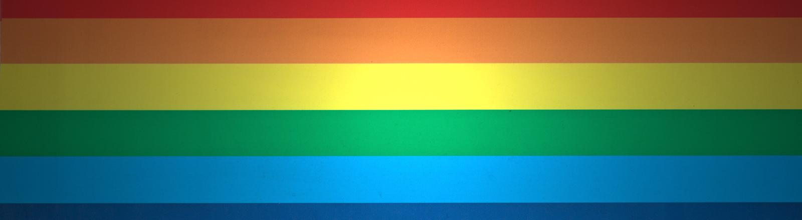 Regenbogenfarben horizontal übereinander