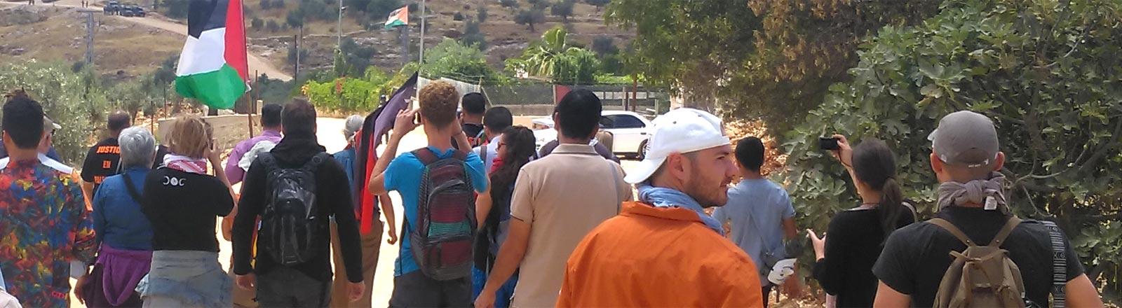 Ein Tourist unterwegs in der Nähe von Ramallah.