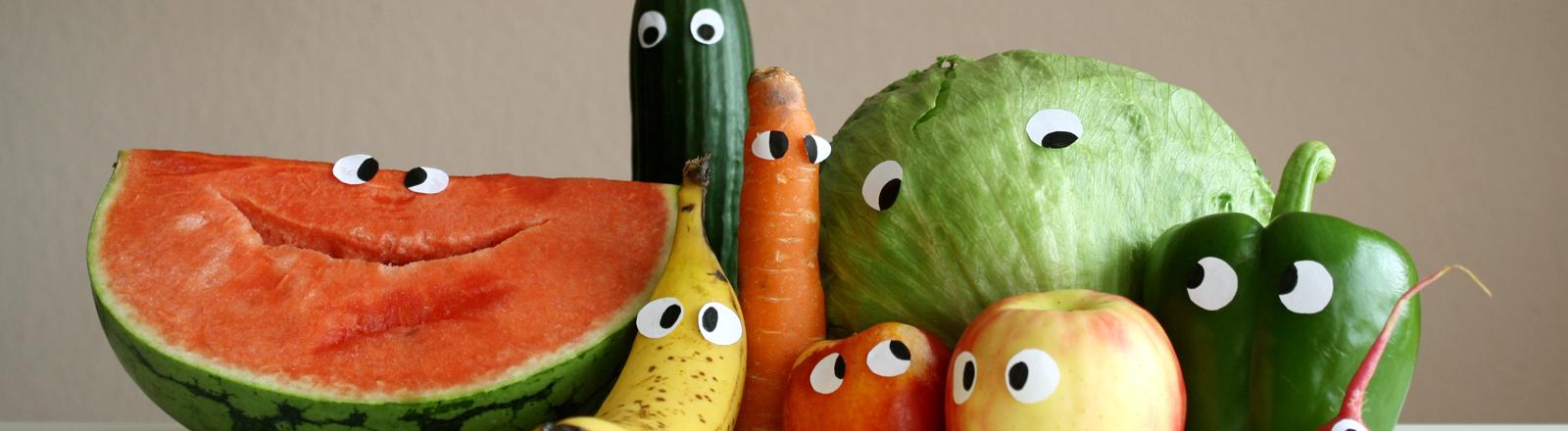 Gemüse und Obst mit Gesichtern