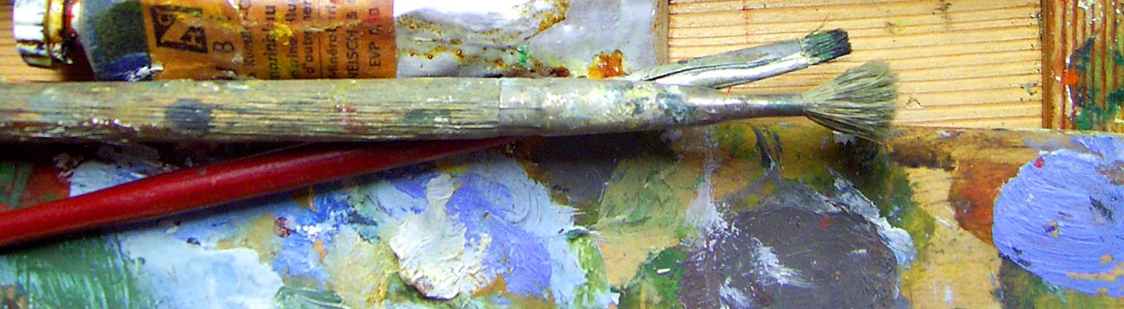 Utensilien für die Malerei