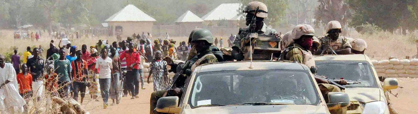 Nigerianische Soldaten im Einsatz gegen Boko-Haram-Kämpfer.