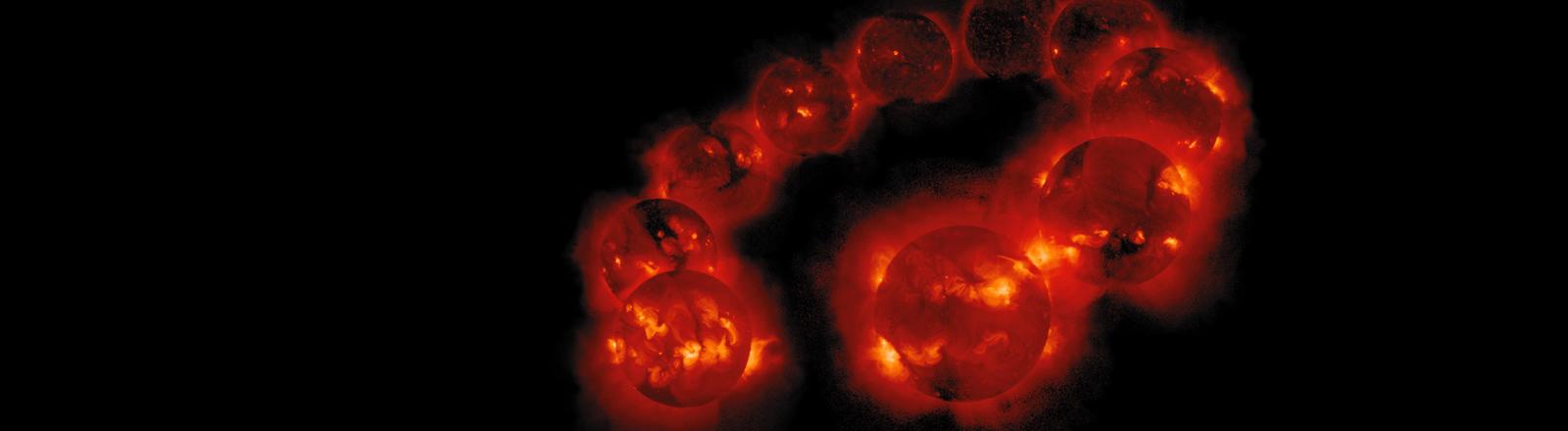 Bildmontage zeigt die Sonnenaktivitäten von August 1991 bis September 2001 aufgenommen von dem Yohkoh Soft X-ray Telekop. Zu sehen sind die Veränderungen der Sonnenaktivitäten.
