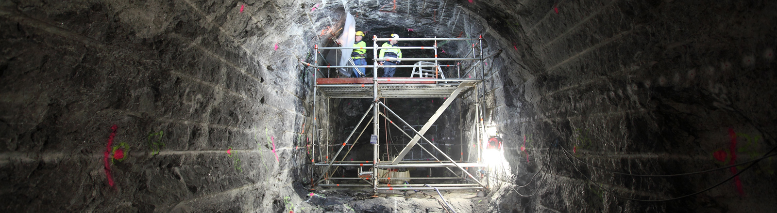 Bauarbeiten in einem Stollen für das gigantische unterirdische Endlager Onkalo in Finnland(Aufnahme vom 14.09.2010).