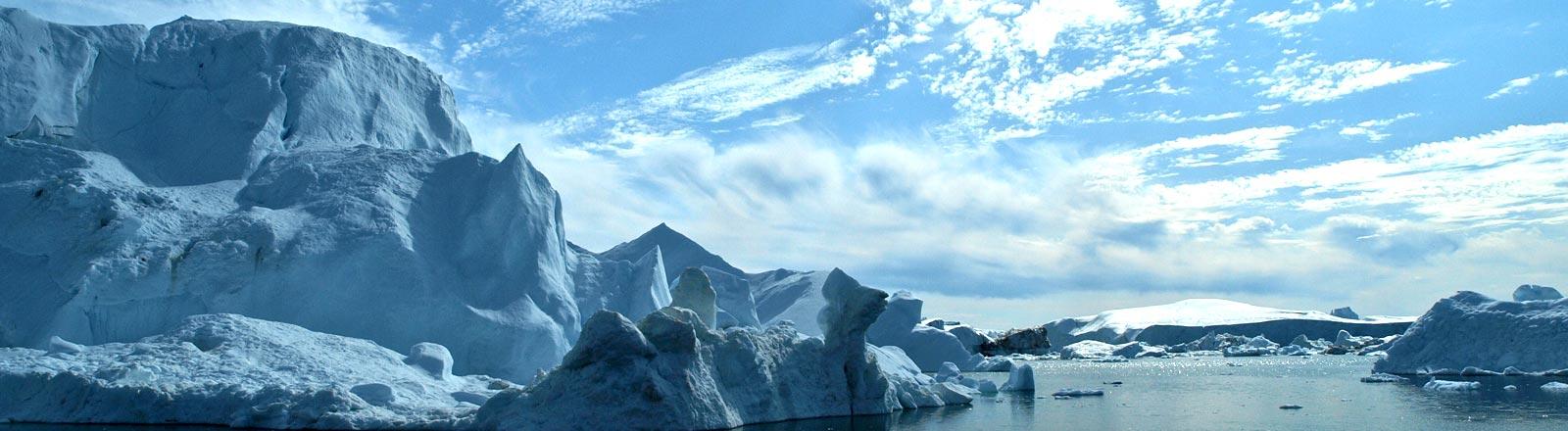 Eisberge am Nordpol.