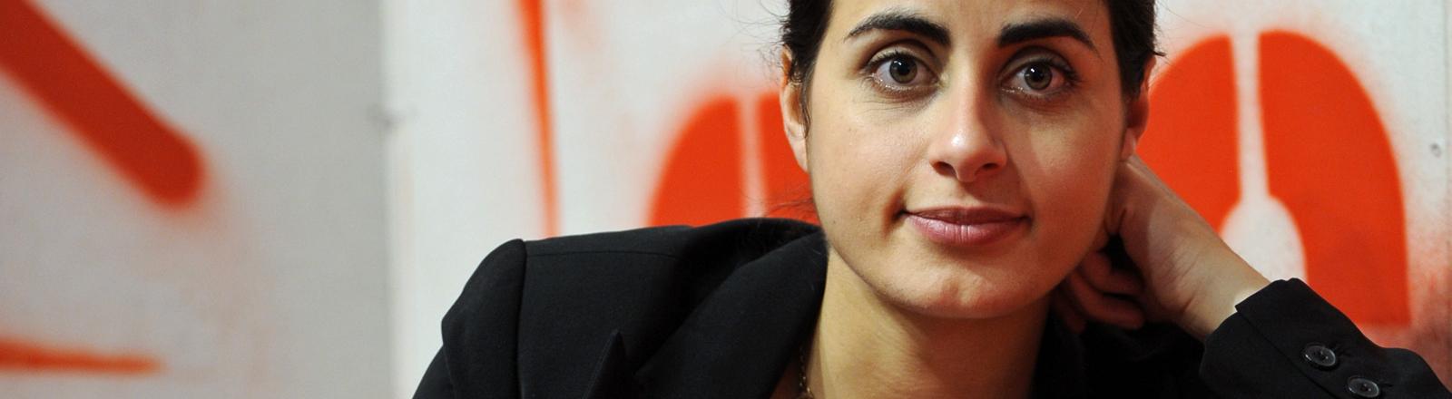Sineb El Masrar , aufgenommen am 08.10.2010 auf der 62. Frankfurter Buchmesse in Frankfurt am Main.