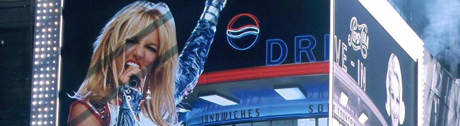 Britney Spears macht Werbung für Pepsi