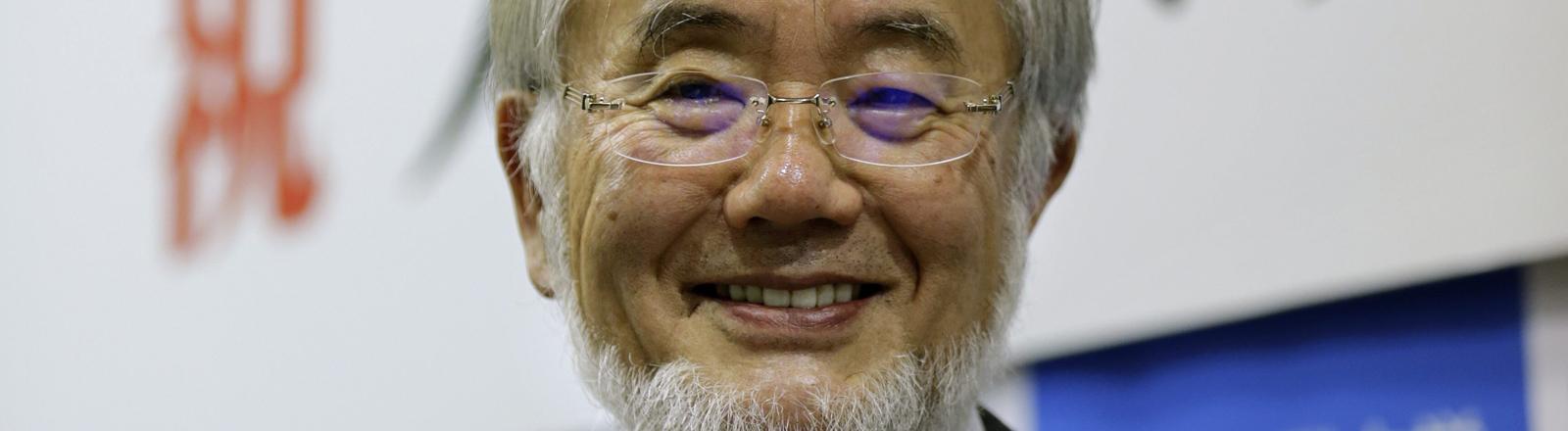Der japanische Wissenschaftler Yoshinori Osumi bekommt den Nobelpreis für Medizin 2016.