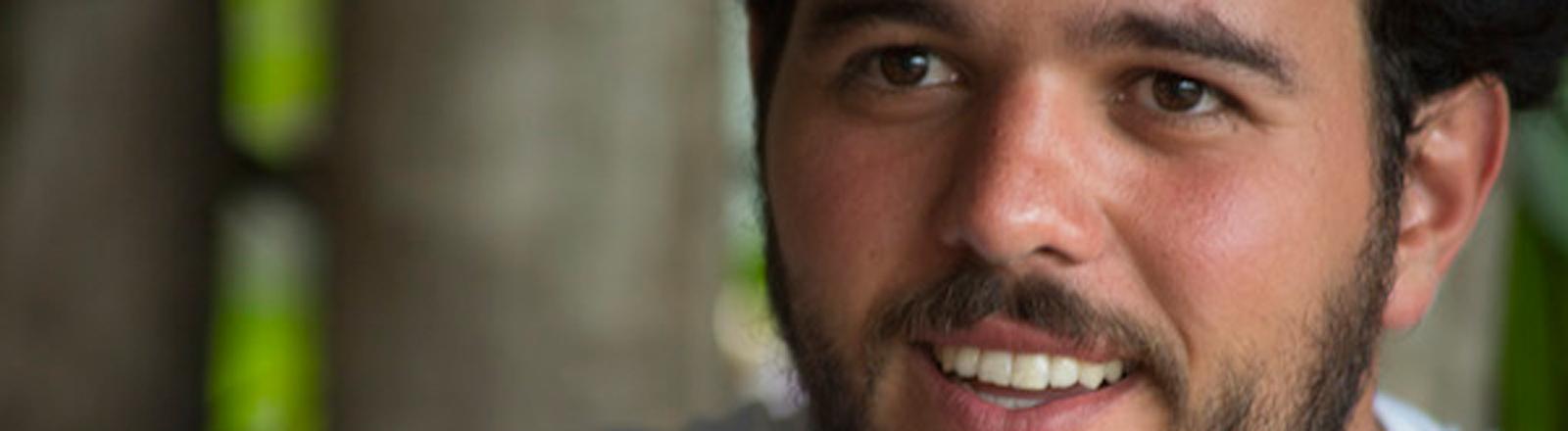 JP Amaral im Portrait. Er ist Fahrradaktivist aus Brasilien.