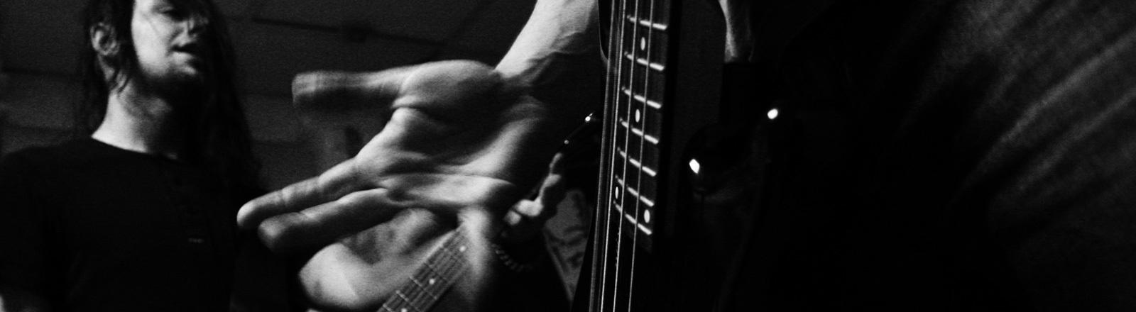 Musik machen, Gitarre spielen, proben