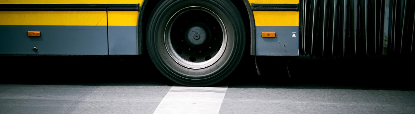 Ein Schulbus oder Omnibus