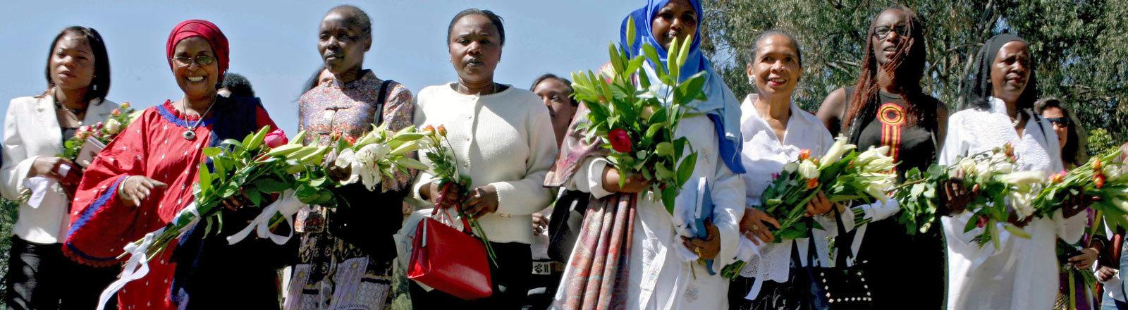 Weibliche Aktivistinnen am 30.01.2008 im Nachgang der gewalttätigen Auseinandersetzungen nach den Präsidentschaftsawahlen.