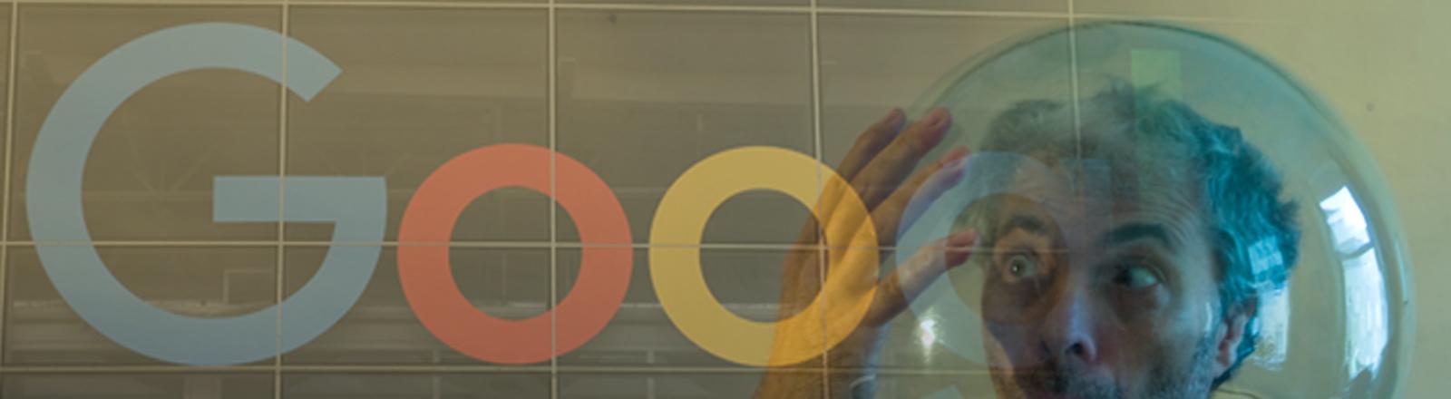 Ein Mann in einer Filterblase und Google.