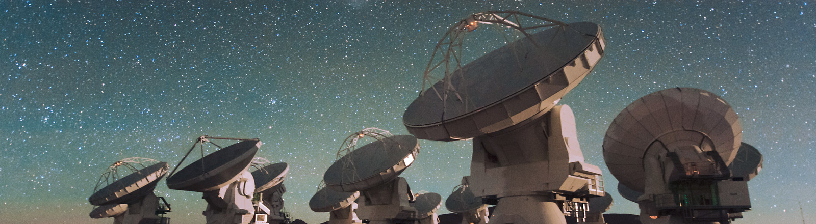 Alma-Observatorium in der Atacama-Wüste.