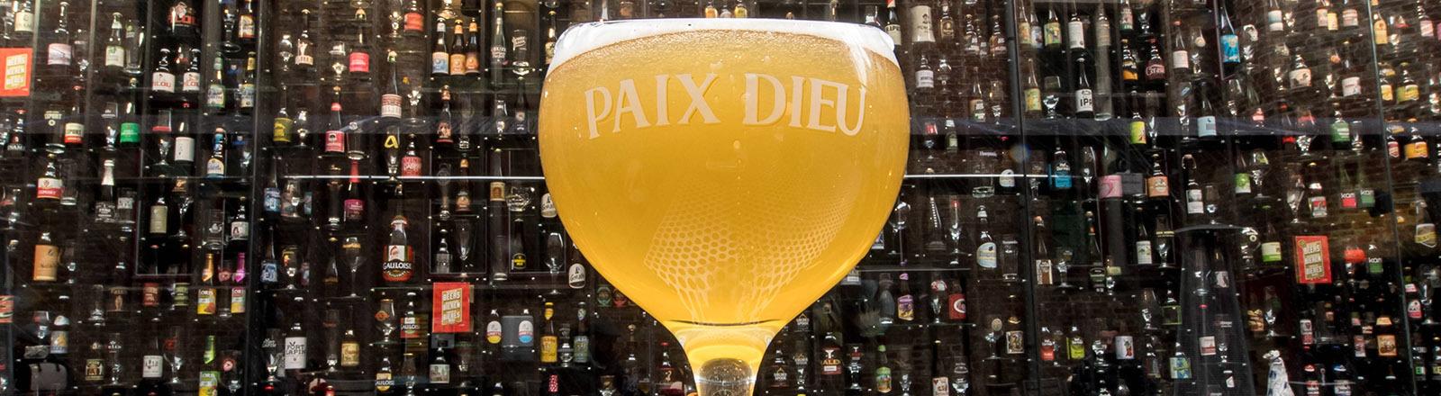 """Die """"Beerwall""""-Bar in Brügge."""