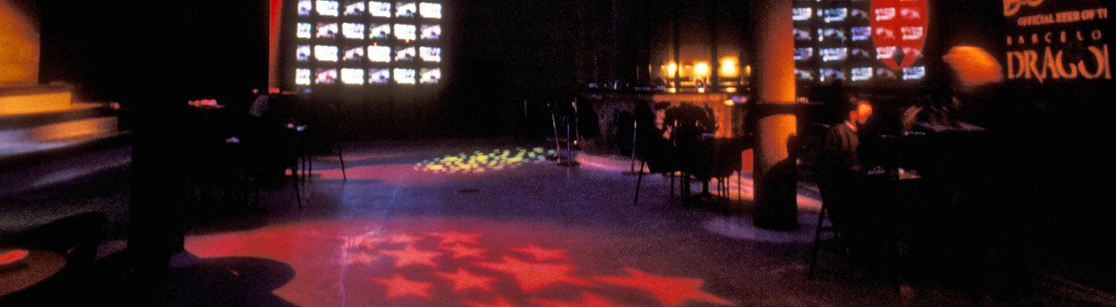 Leere Tanzfläche in einem Club.