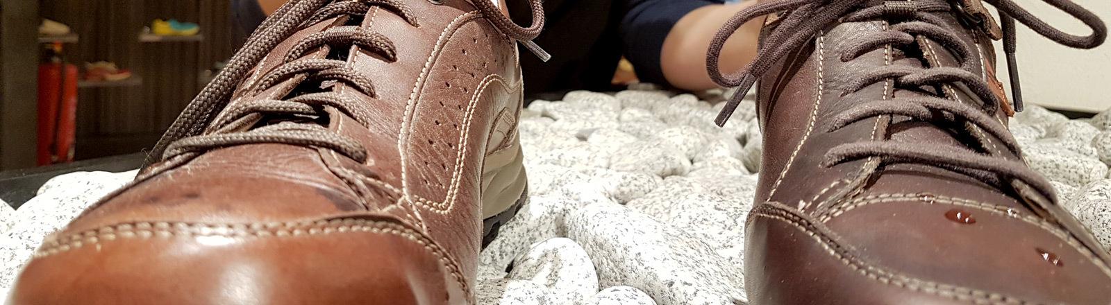 Schuhe imprägnieren im Test.