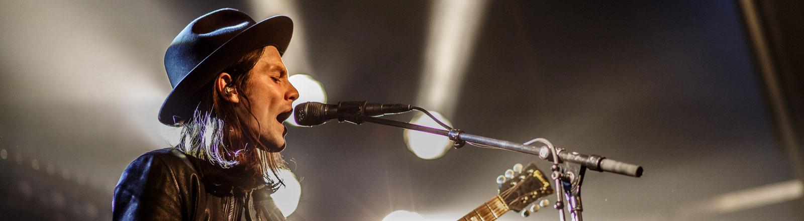 James Bay bei seinem Auftritt beim Eurosonic-Festival in Groningen.