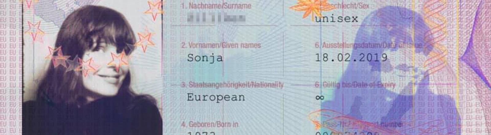 Bilderbuch-Fan Sonja hat sich digital einen Bilderbuch-Europaausweis ausstellen lassen.