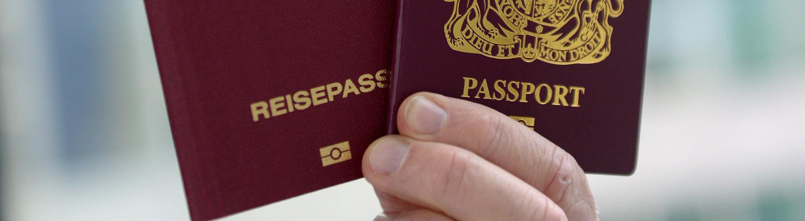 Deutscher und britischer Pass.