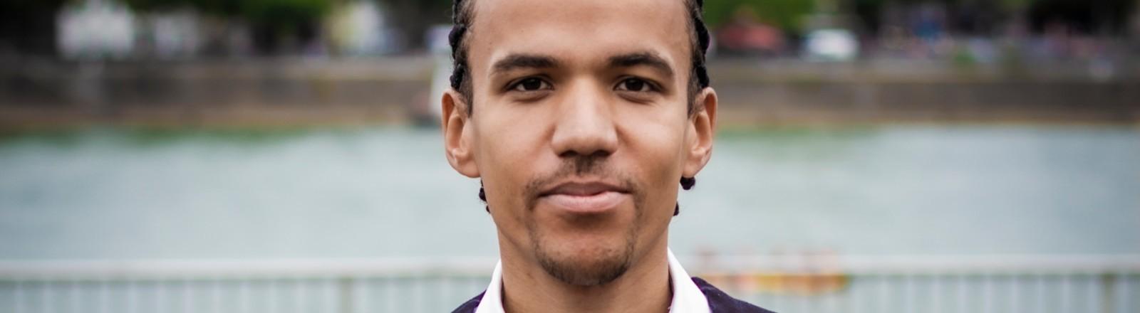 Anwalt Blaise Francis El Mourabit im Profil.