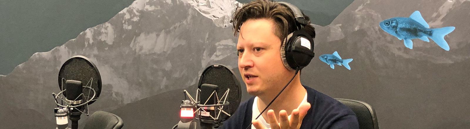Musiker Get Well Soon im Deutschlandfunk Nova Studio