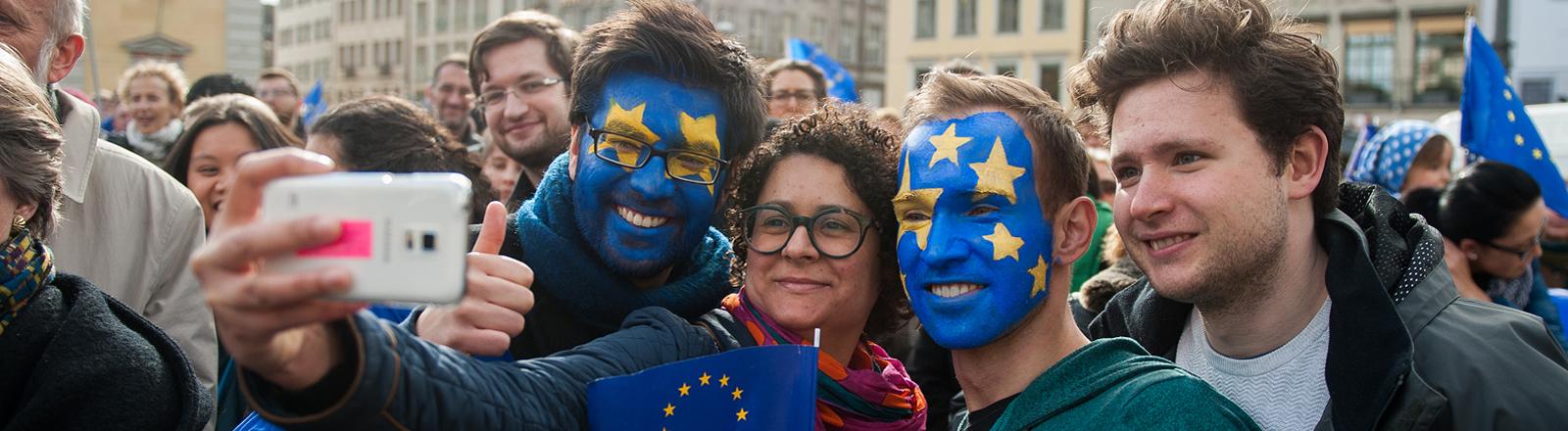 Auf der Demo von Pulse Of Europe in München Anfang März 2017