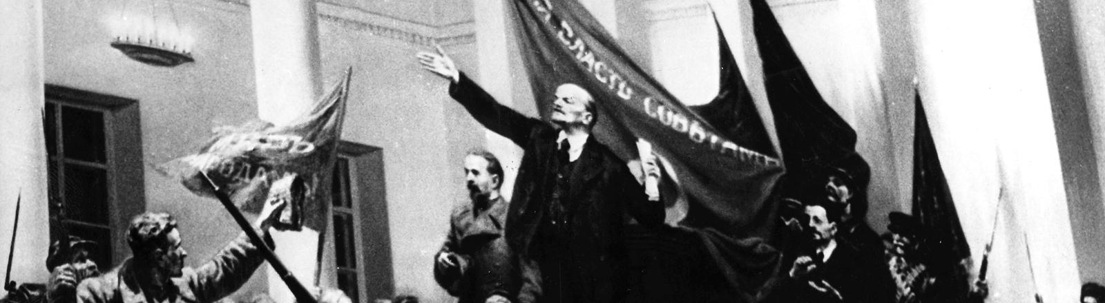 Ausschnitt eines Gemäldes, dass Lenin während der Oktoberrevolution zeigt