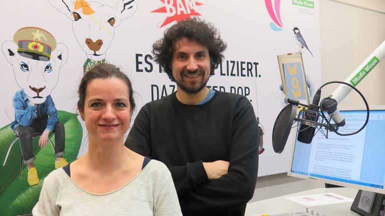 Moderatorin Daniela Tepper und Regisseur Baris Aladag