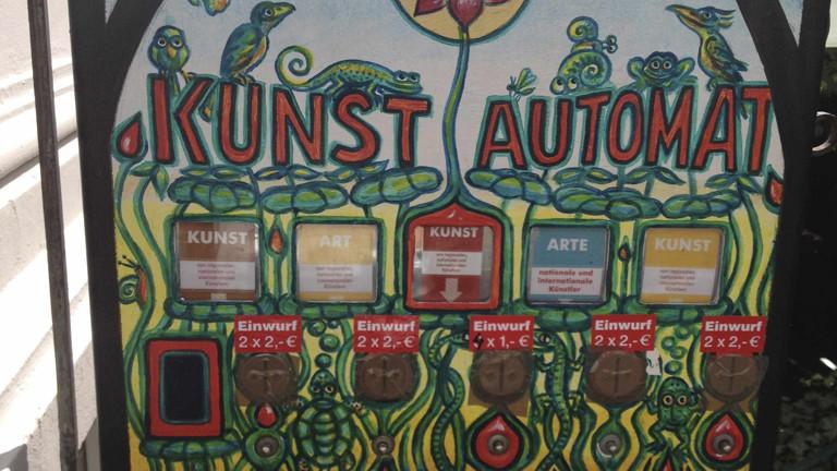 Kunstzigarettenautomat in Bonn.