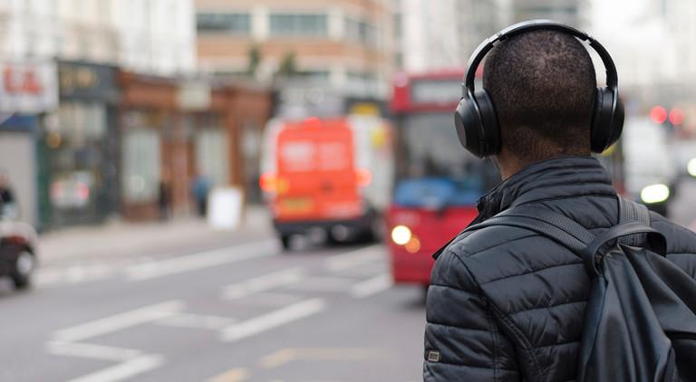 Kopfhörer: Dreh die Lautstärke runter!