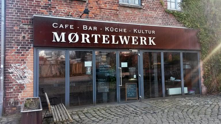 """Das Mørtelwerk in leipzig kam eher zufällig zum """"ø"""", bleibt marketingtechnisch jetzt aber im Thema."""