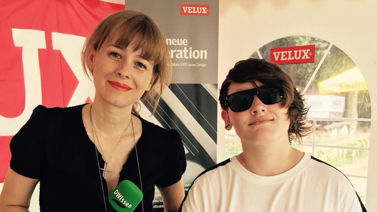 DRadio Wissen Reporterin Raffaela Jungbauer vor dem Interview mit Sängerin Soak.