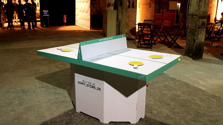 Tischtennisplatte aus Pappe
