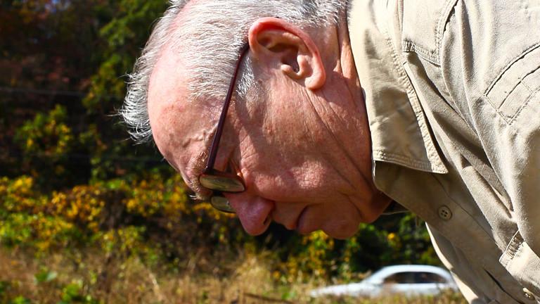 Terry Klein sammelt Mücken in der demilitarisierten Zone zwischen Nord- und Südkorea.