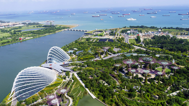 Singapurs zentrales Parkgelände mit dem Namen 'Gardens by the bay'