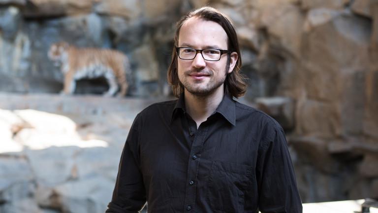 """Jan Monhaupt, Autor des Buches """"Der Zoo der Anderen""""."""