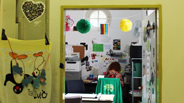 Christiane Beckmann bei ihrer Arbeit für Moabit hilft.