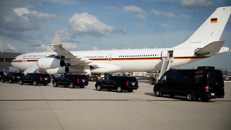 Die Kanzlermaschine Airbus A340, von Angela Merkel.
