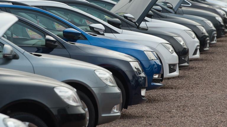 Dieselkrise Händler Bleiben Auf Diesel Gebrauchtwagen Sitzen Dlf Nova