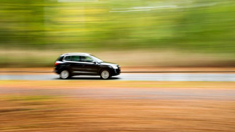 Warum fahren ausländer immer teure autos