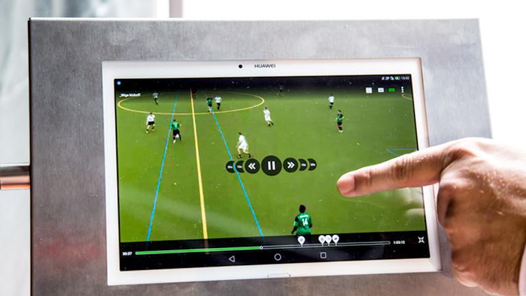 Ansicht Tablett, Fußball-Video mit Menüführung