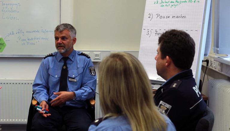 Deeskalationsseminar bei der Polizei