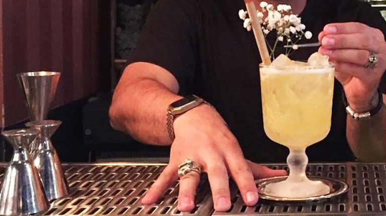 Ein alkoholfreier Gin Cocktail