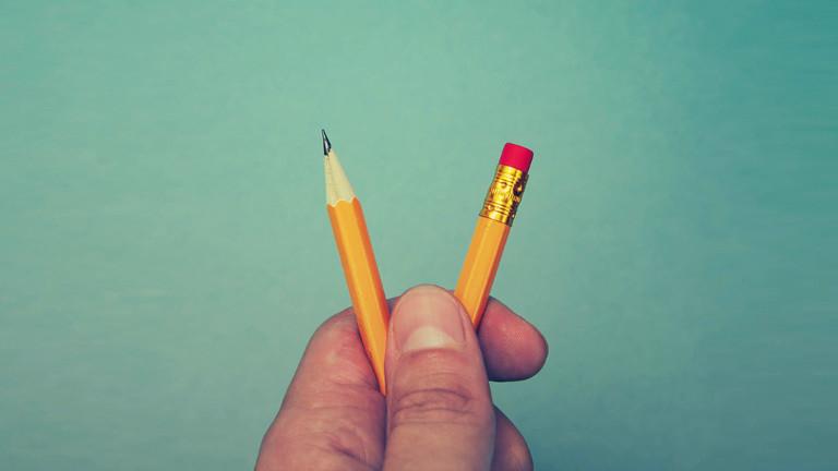 Durchgebrochener Bleistift