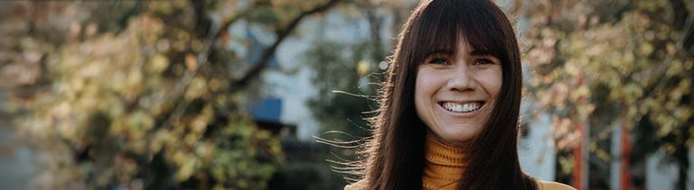 Portrait der Influencerin Louisa Dellert