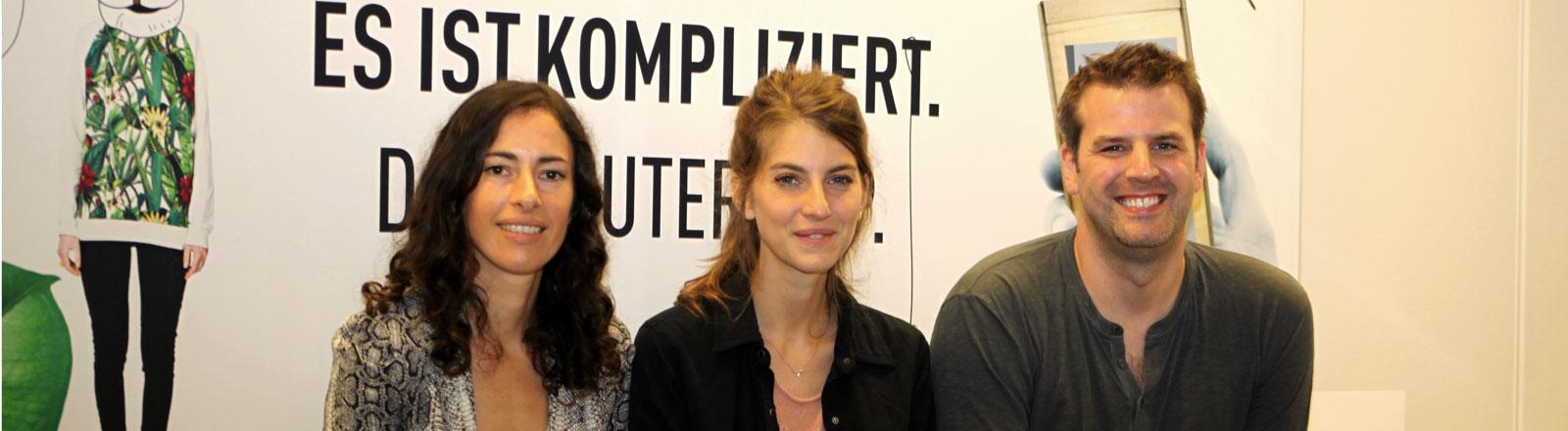 Die Gruppe Boy zu Gast im Studio mit Sängerin Valeska Steiner und Musikerin Sonja Glass.
