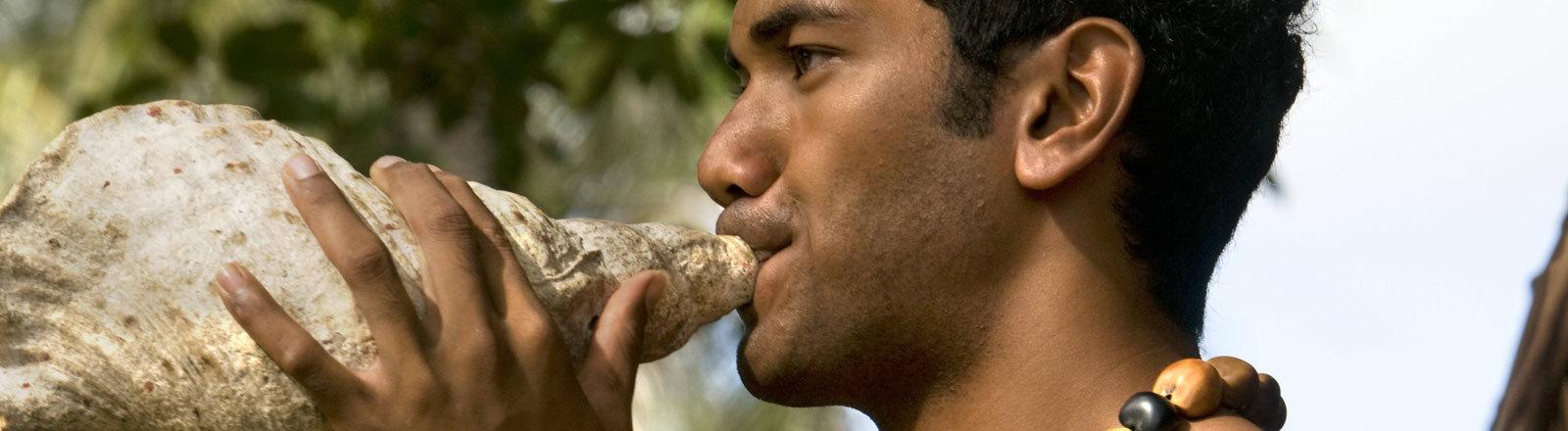 Das polynesische Volk der Tonga hat einst Warntöne mit Muschelschalen ausgestoßen, um die Mitglieder des Stammes zu warnen.