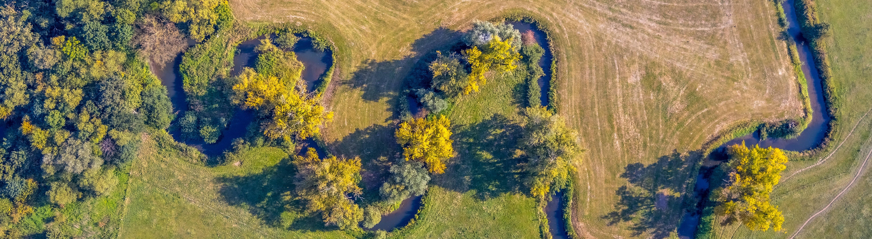 Luftbild, Fluss Salzbach, Zufluss der Ahse, Dorfwelver, Welver, Kreis Soest, Nordrhein-Westfalen, Deutschland