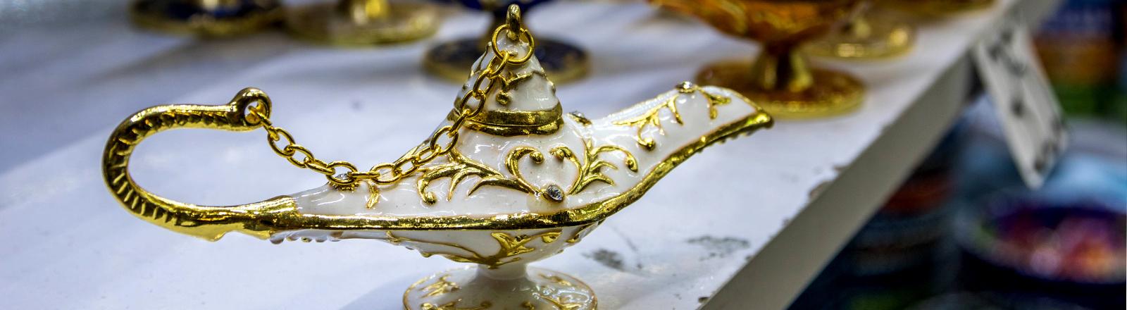 Öllampe - wie aus Aladin und die Wunderlampe